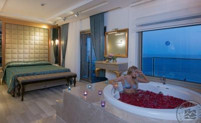 KLEOPATRA LIFE HOTEL 4 *
