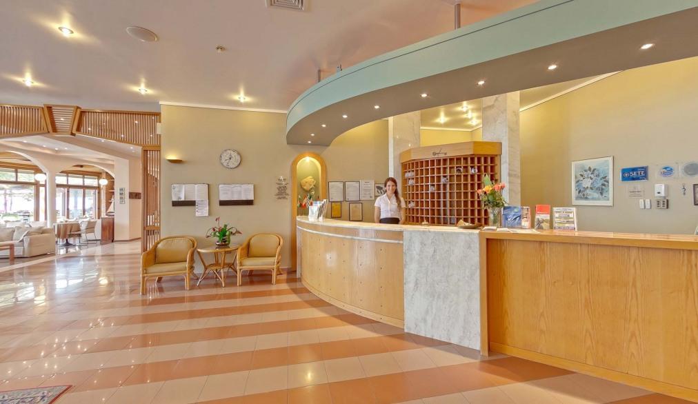 Почивка в POSSIDI HOLIDAYS RESORT & SUITES HOTEL 5*