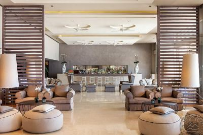 SANI BEACH HOTEL & SPA 5 *