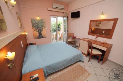 ERATO HOTEL 3 *