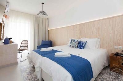 SERENITY BLUE HOTEL 4*