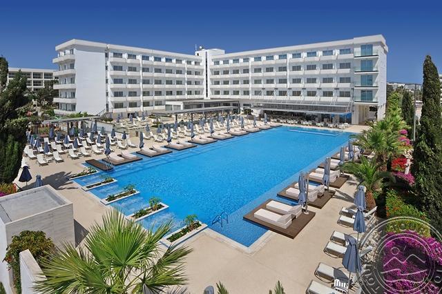 NESTOR HOTEL 3*