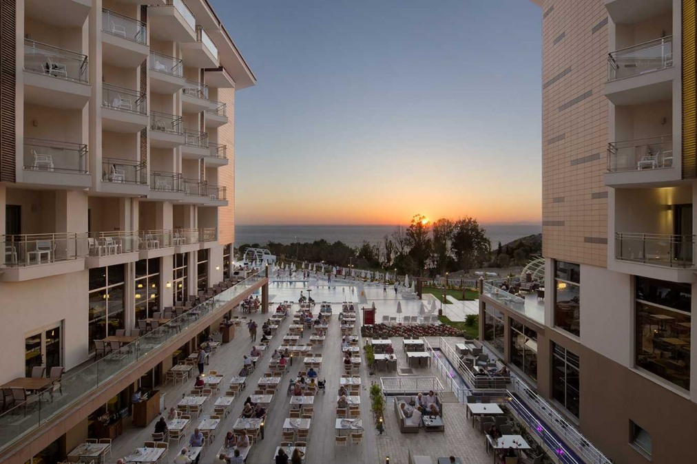 Почивка в RAMADA RESORT KUSADASI GOLF 5*