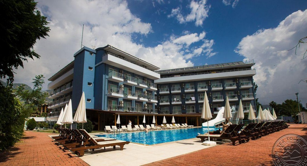 Почивка в MONNA ROZA BEACH RESORT HOTEL 4*