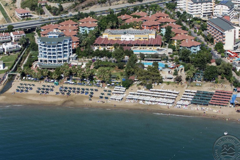 ARMAS GREEN FUGLA BEACH 4 *