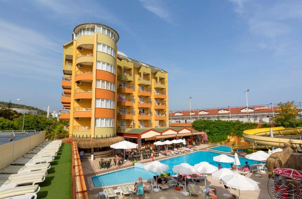 HOTEL MAGNOLIA 4*