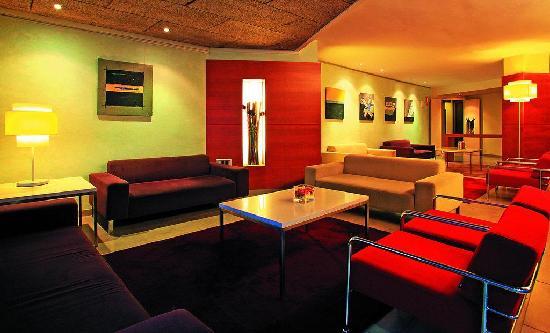 Почивка в AQUA-HOTEL MONTAGUT SUITES 4* Super