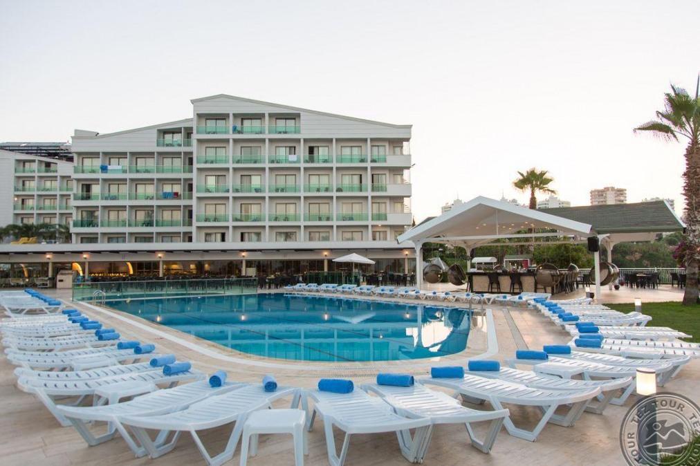 CLUB HOTEL FALCON 4 *