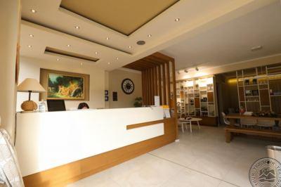 ARTEMIS PLAZA HOTEL 3 *