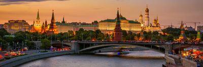 Белите нощи в Санкт Петербург и речен круиз до Москва