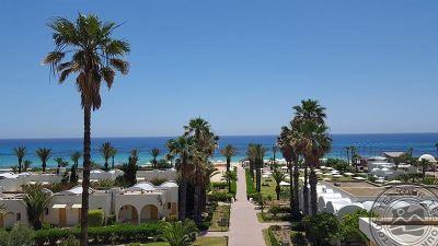 DELFINO BEACH 4*