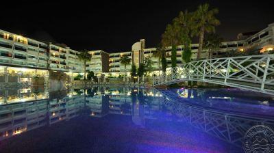SIDE COROLLA HOTEL 4 *