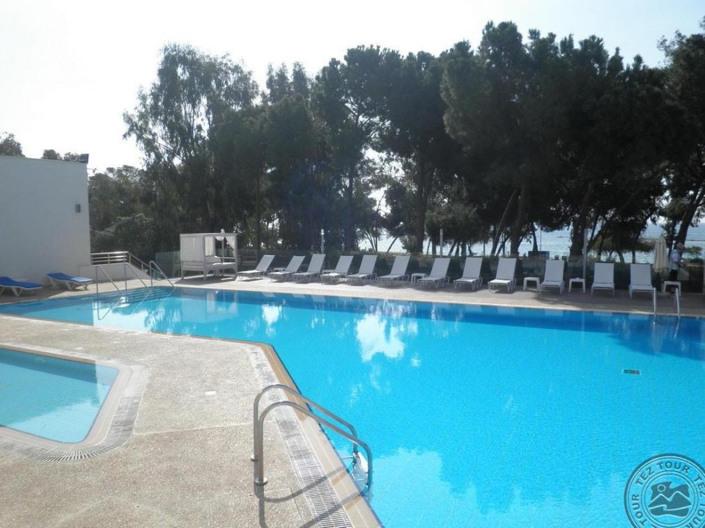 Почивка в PARK BEACH HOTEL 3*