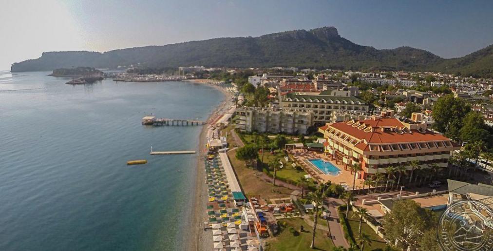 Почивка в VALERI BEACH HOTEL 4*
