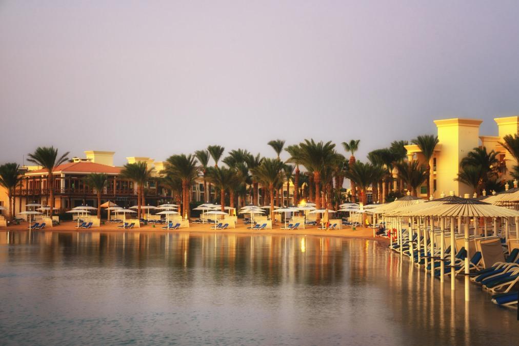 Почивка Комбинирана програма в ЕГИПЕТ 2020 - 6 нощувки в Ел Гуна и 1 нощувка в Кайро