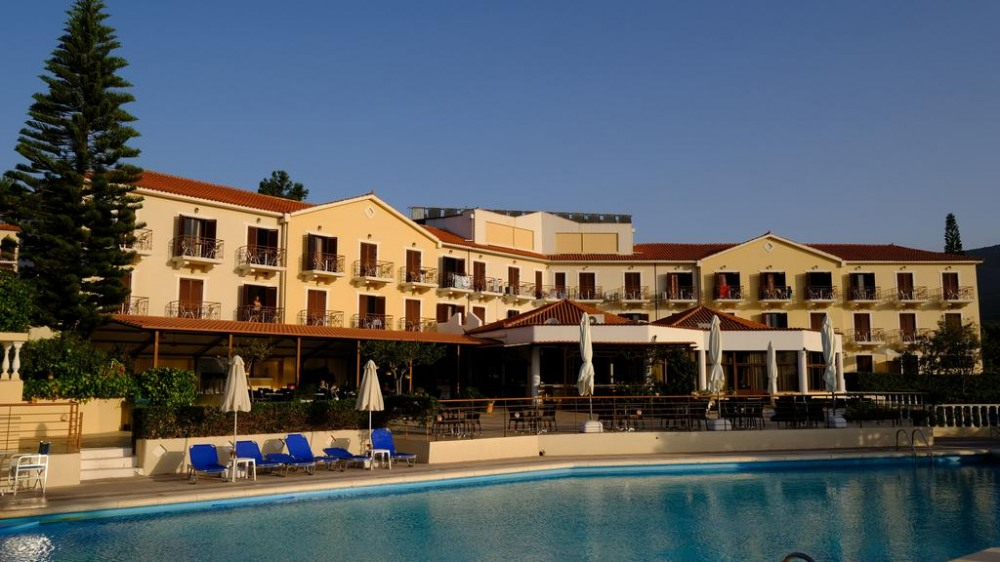 KARAVADOS HOTEL 3*